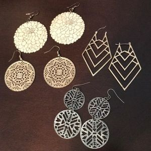 Jewelry - Set of earrings